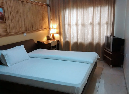 Deluxe AC room - Hotel Ruch Kampala